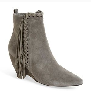 NWT FREE PEOPLE   Fringed Booties